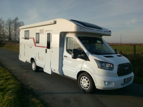 www.locationdecampingcar.be - Roller team Kronos 265 TL, un camping-car 4 à 5 personnes pratique et manoeuvrable
